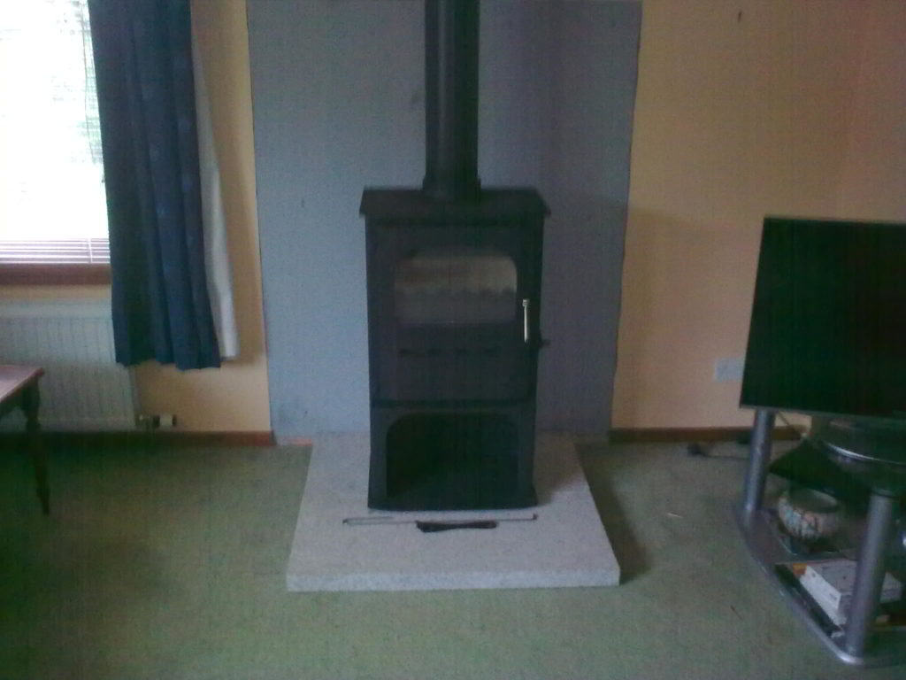Dunsley multifuel stove installed in Alves